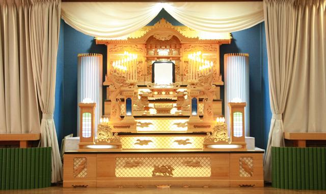 中ホール祭壇